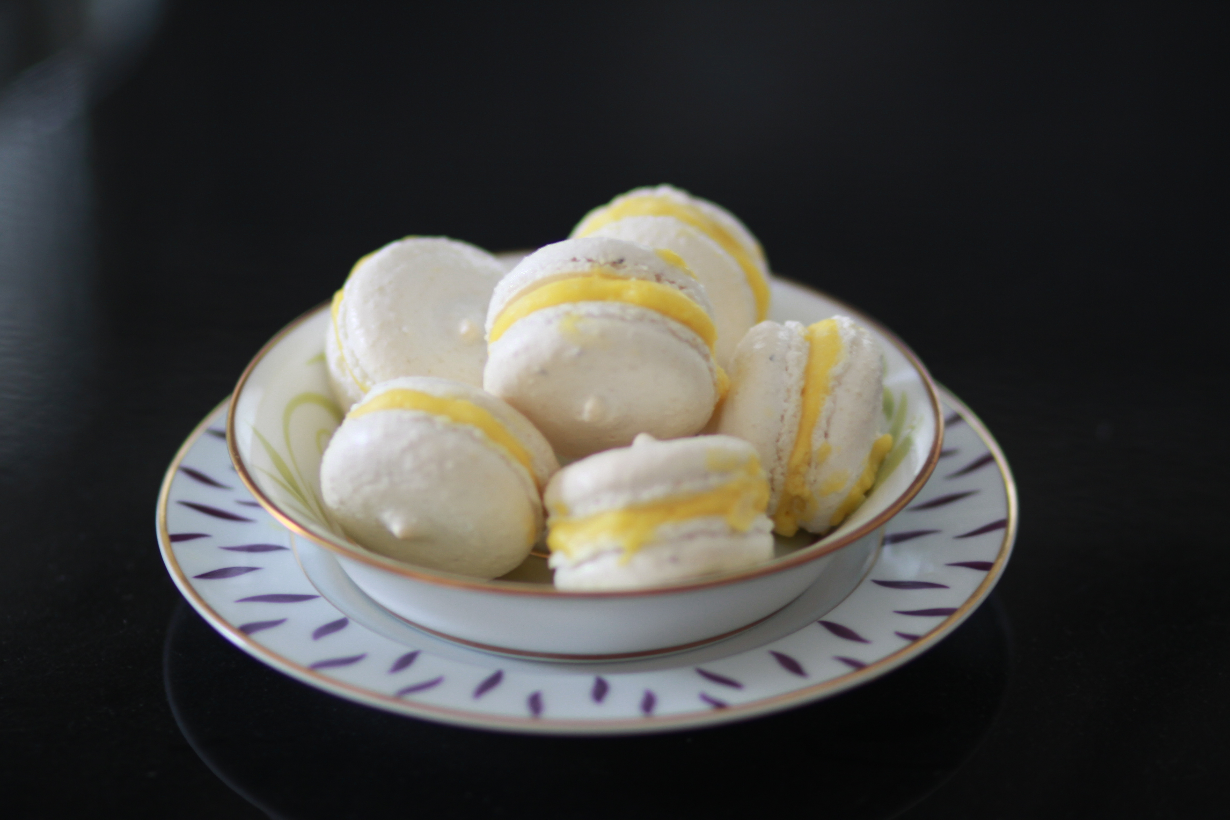French Macarons with Lemon Curd